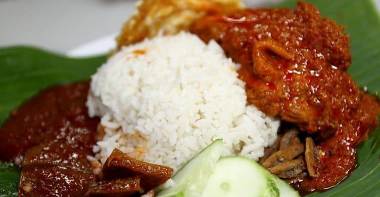 Malaysian Nasi Lemak (Authentic Breakfast Recipe)